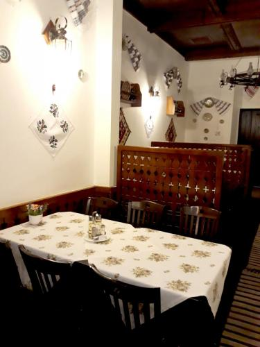 Restaurant National, Radauti